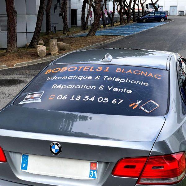 Vinyle micro-perforé pour véhicule à Blagnac, Toulouse, Haute Garonne et Occitanie.